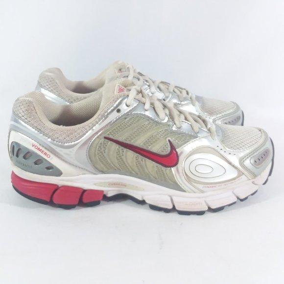 Nike Shoes   Nike Air Zoom Vomero 3